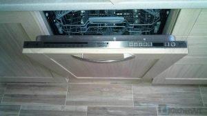 1388406307 img 20131026 122111 300x169 - Прямые кухни на заказ