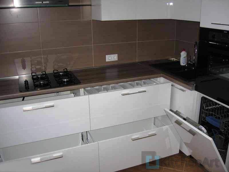 1397740806 ris. 9 - Угловые кухни на заказ