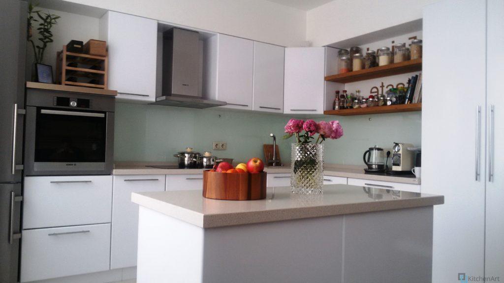 китченарт135 1024x576 - Кухня из ДСП на заказ