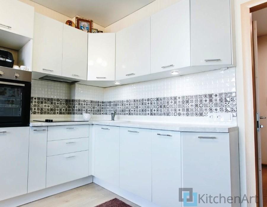 китченарт185 - Белая кухня на заказ