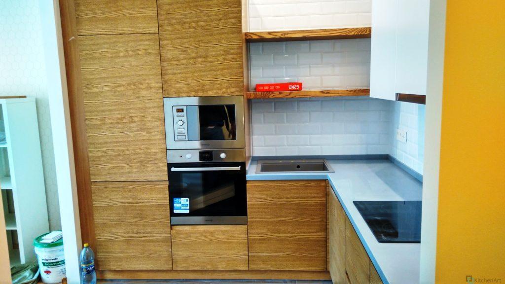 китченарт62 1024x576 - Шпонированная кухня на заказ