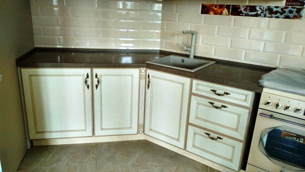 китченарт79 1024x576 - Яркая кухня на заказ