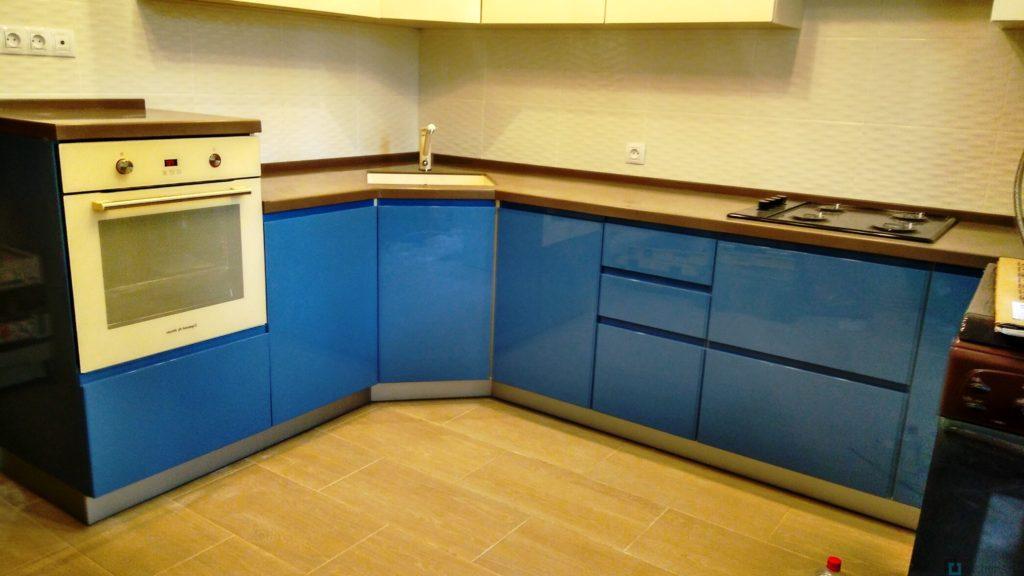 китченарт86 1024x576 - Угловые кухни на заказ